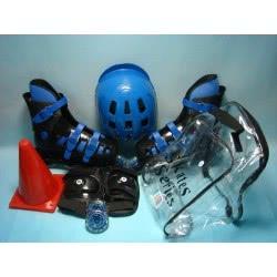 Toys-shop D.I ROLLER SKATE ΜΕ ΠΡΟΣΤΕΤΑΥΤΙΚΑ ΚΑΙ ΚΡΆΝΟΣ JS045899 5202015458998