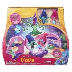 Hasbro Troll Town  Poppys Coronation Pod B6560 5010994963828