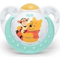 NUK Trendline Winnie the Pooh Ορθοδοντική Πιπίλα με Θήλη από Καουτσούκ, 18-36 μηνών - 3 σχέδια 10737806 4008600248668