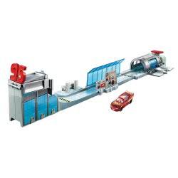 Mattel Disney Pixar Cars 3 Transforming Rusteze Racing Center σετ παιχνιδιού DVT46 / FTB42 887961639643